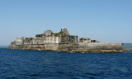 Покинутый остров Hashima (фото)