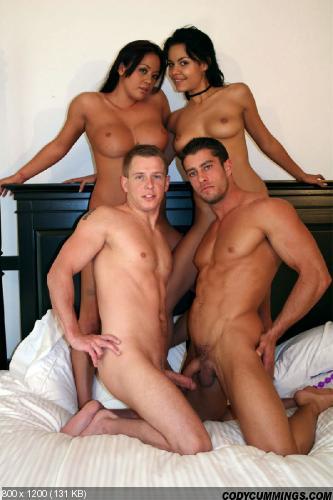 голые бисексуалы фото